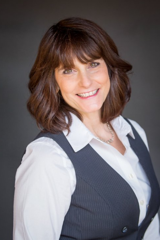 Cindy Bermudez Client Experience and Marketing Coordinator
