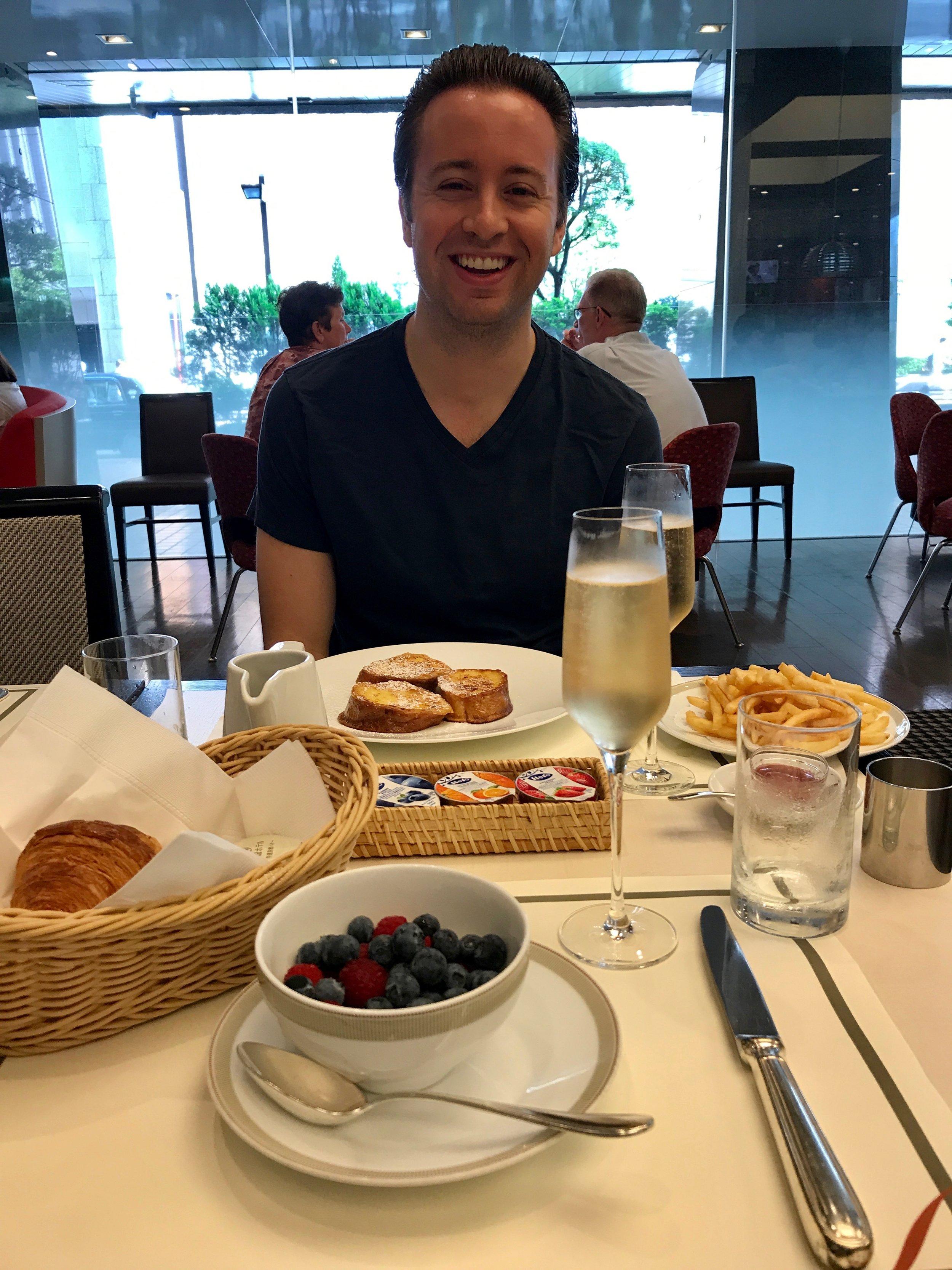 Breakfast at Parkside Diner