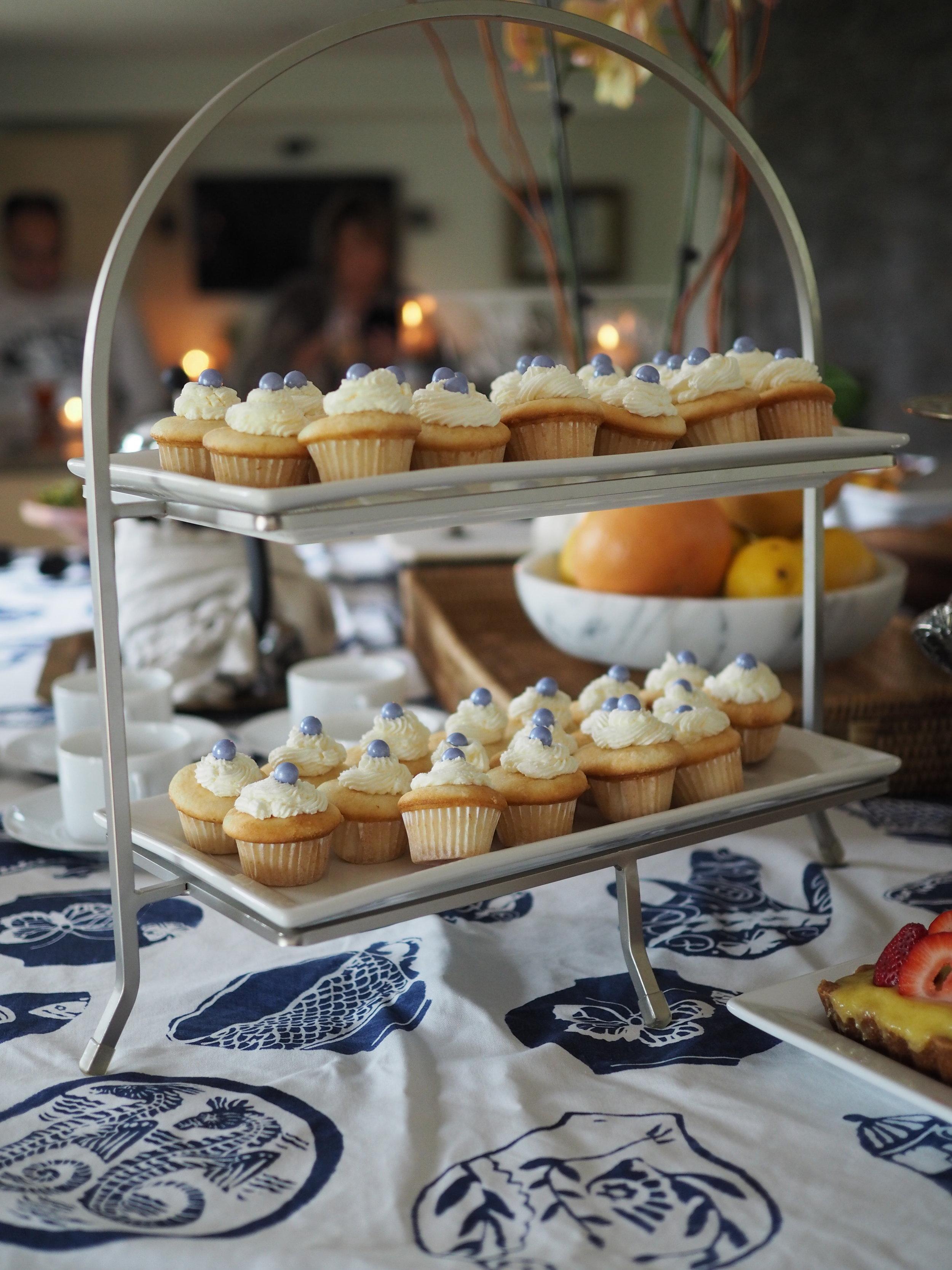 White Mini Cupcakes with Buttercream
