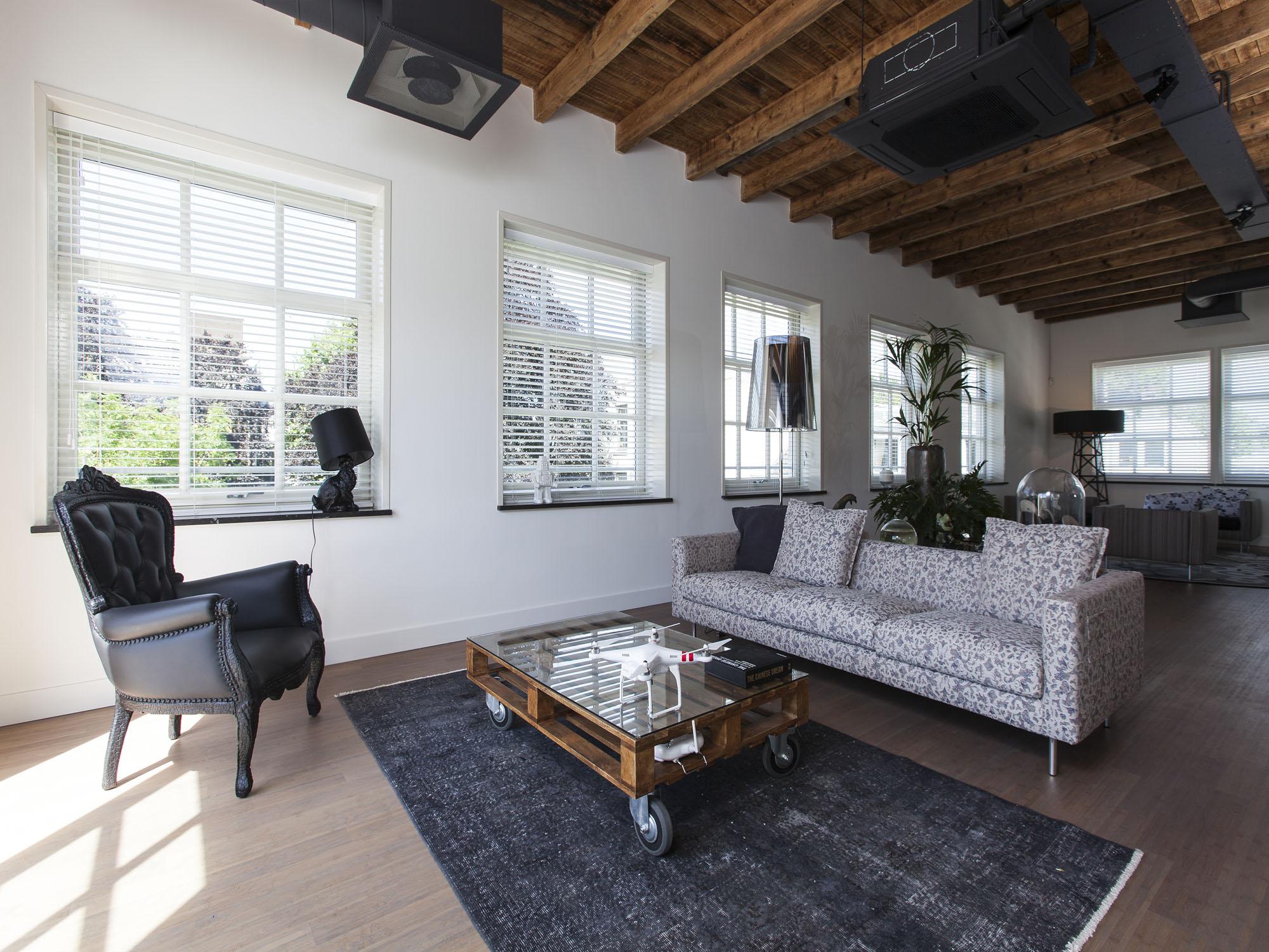 studio-hermanides-loft-office-3.jpg