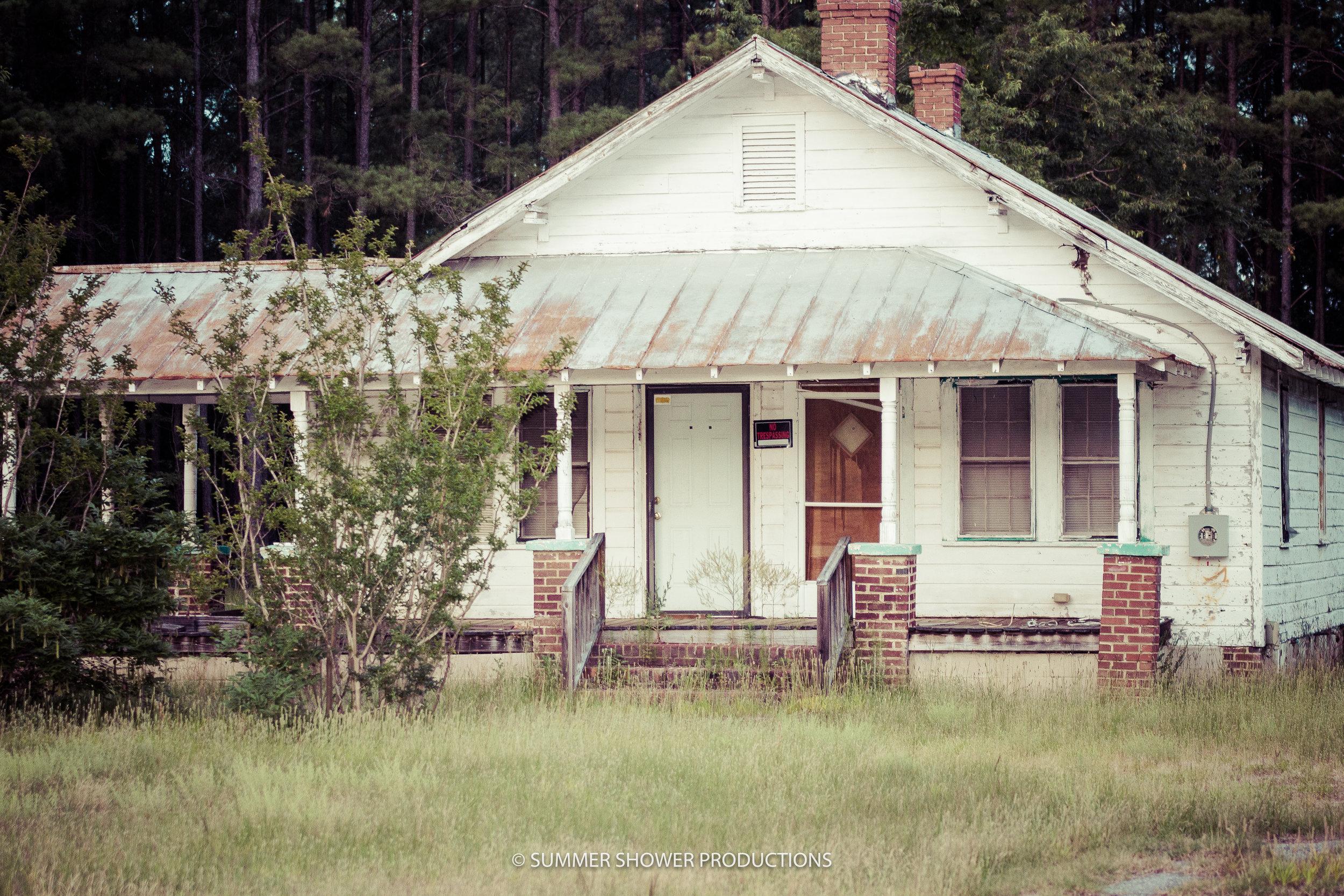 Old House 3.jpg