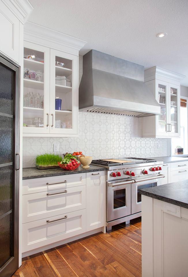 kitchen hood.jpg