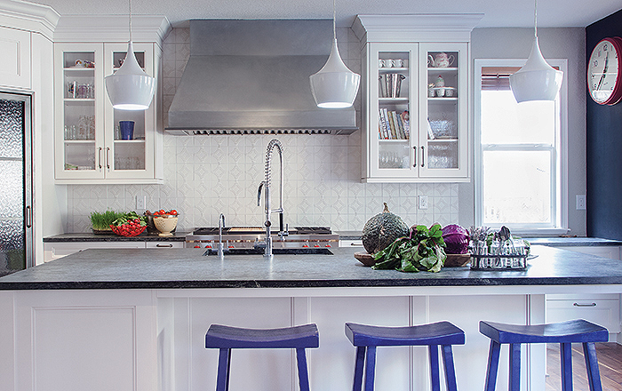 Colorado Homes & Lifestyles Magazine  Fantasy Islands: 13 Kitchens That Welcome Us In