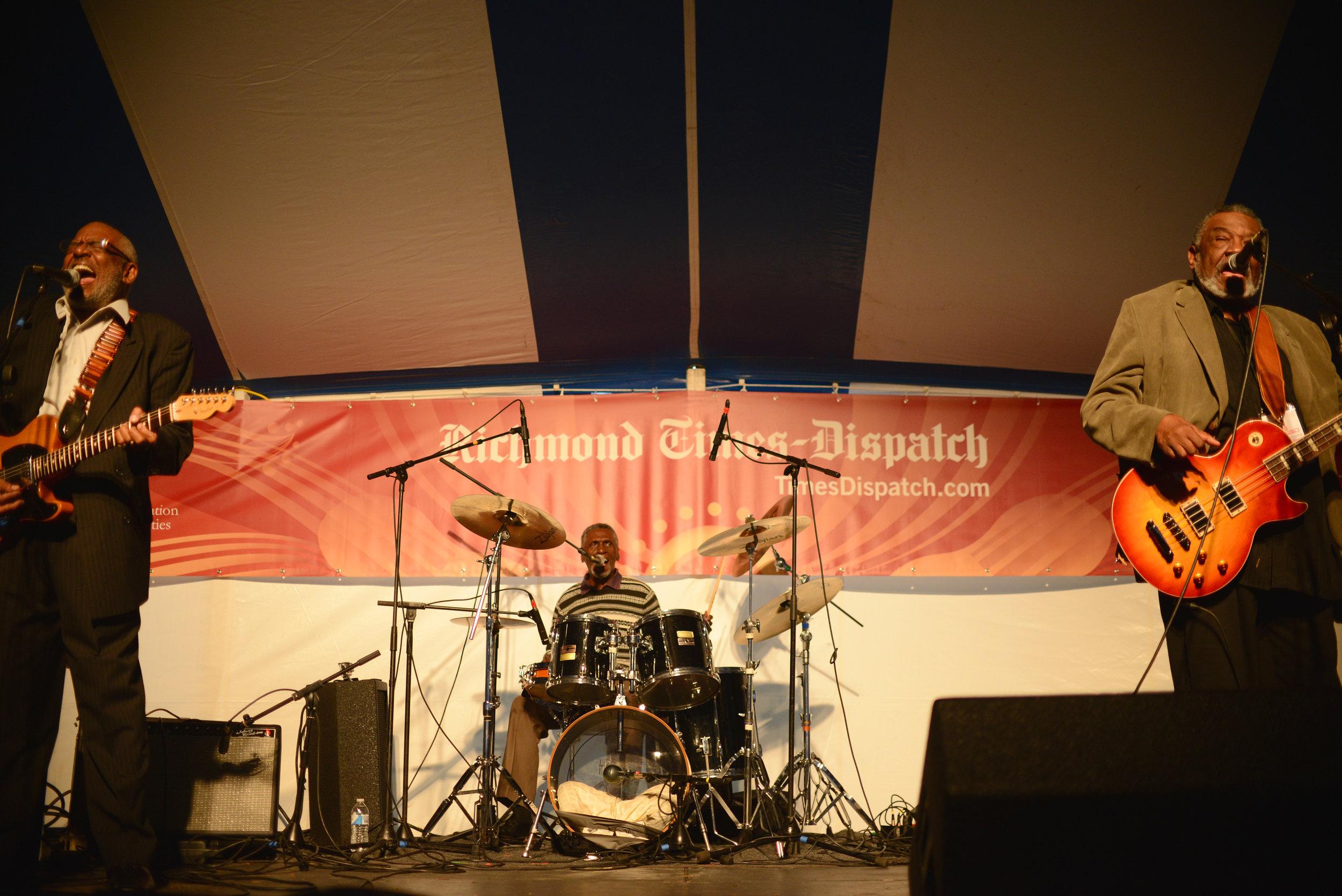 2013-richmond-folk-festival_35306546175_o.jpg