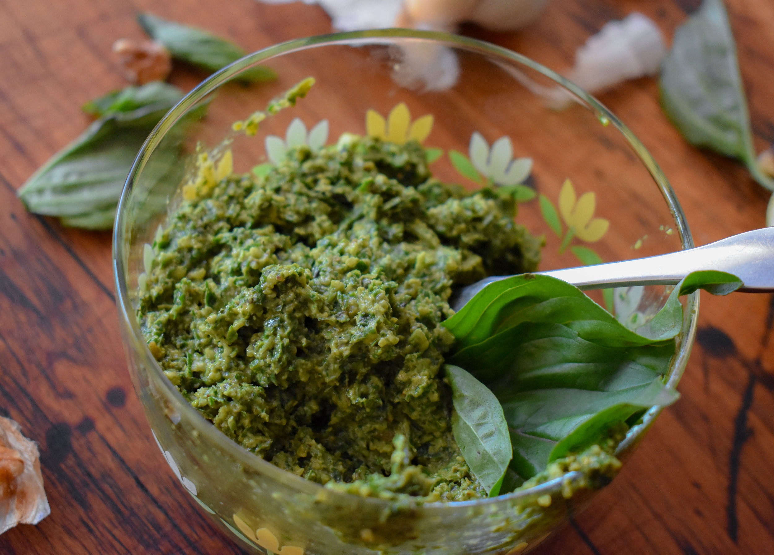 4. Once the mixing is done, the pesto is ready. Transfer to a bowl and use immediately or store for up to 48 hours. Great in pasta / dips / salad dressings / breakfast scrambles and so much more!