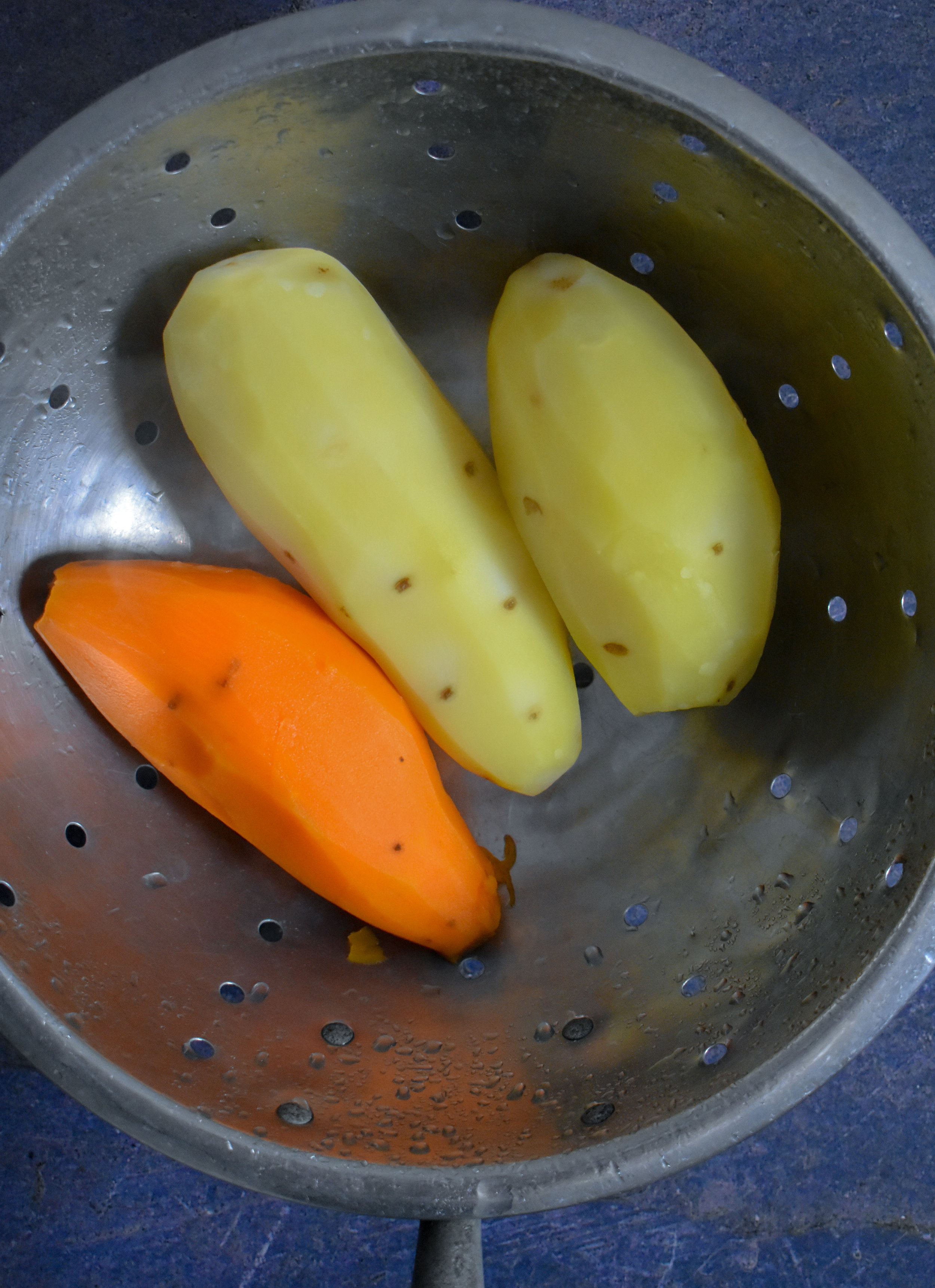 1. Boil potatoes for 10 minutes in a large pot and then strain.