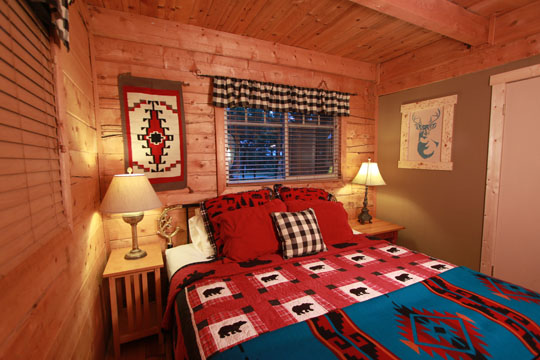 Alpine Downstairs Bedroom #1.jpg