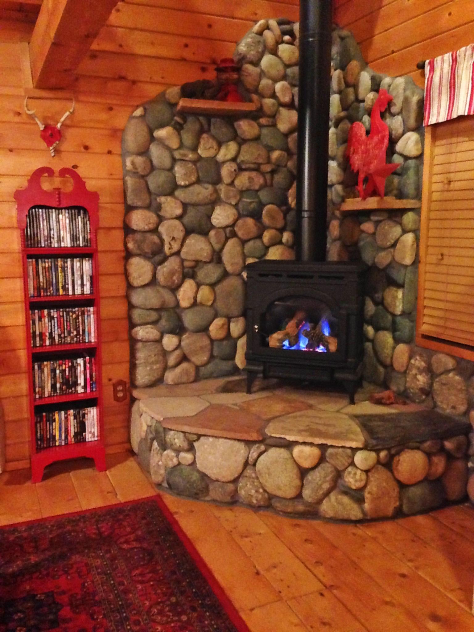 Acorn Fireplace 2016.jpg
