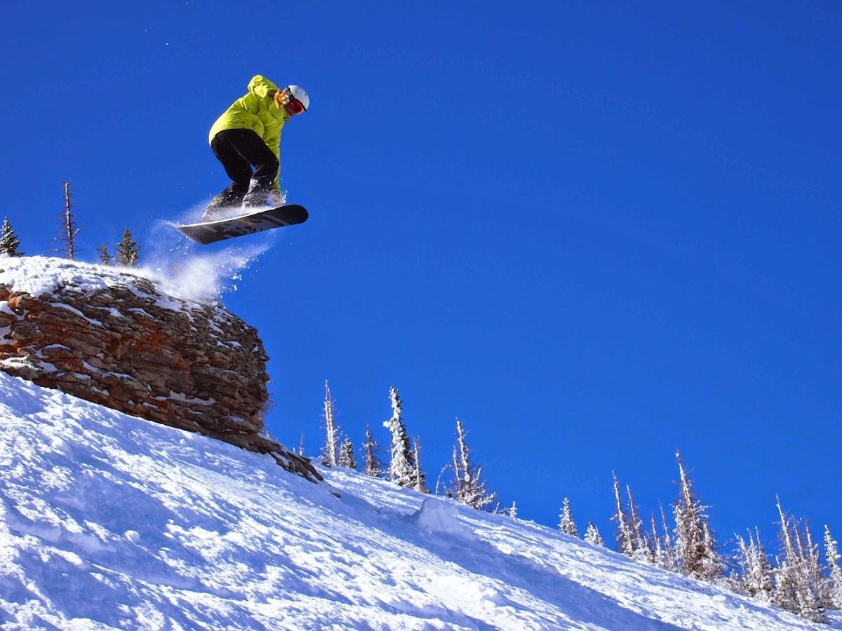 Wolf Creek Snowboarder.jpg