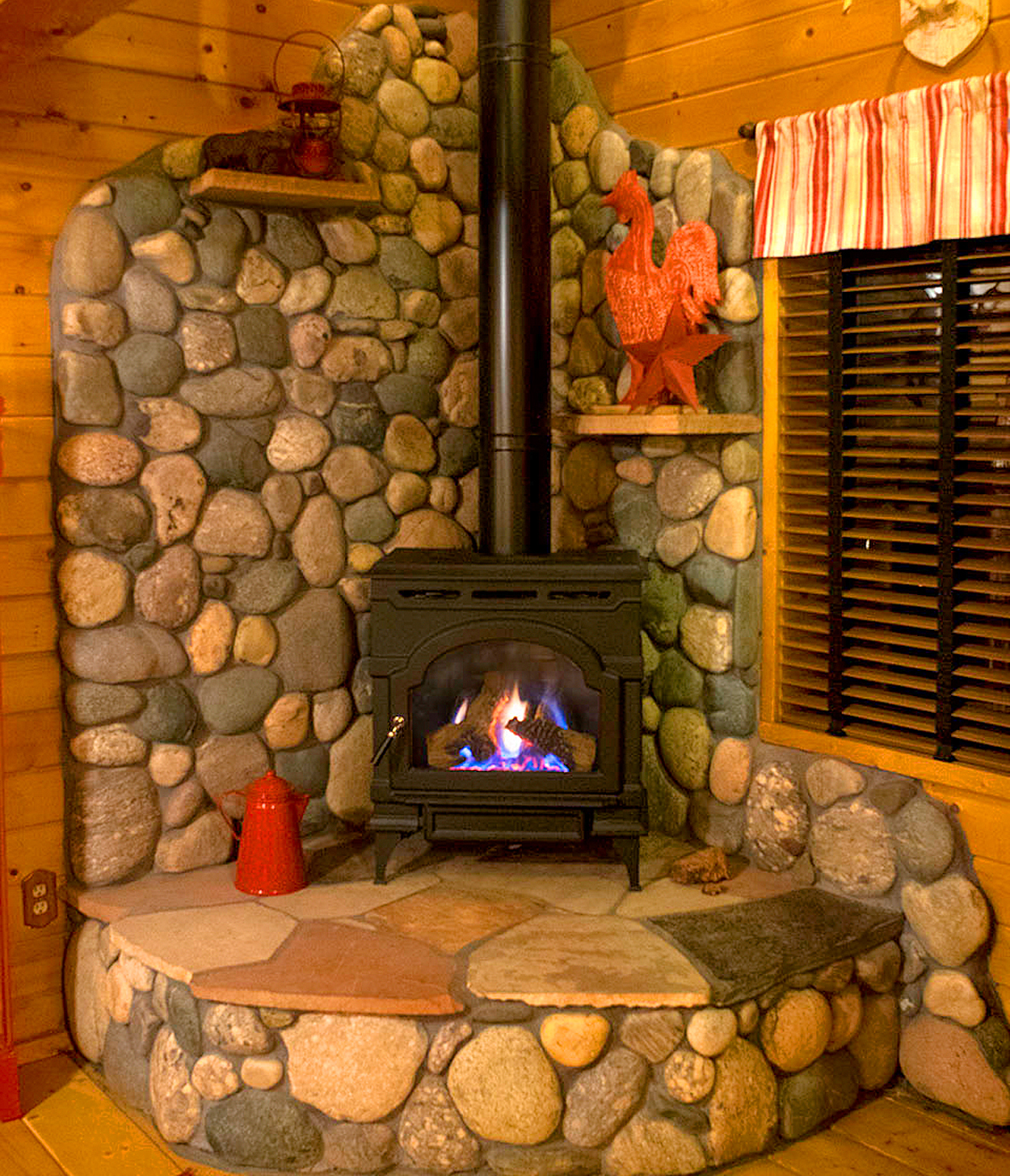 Acorn Fireplace 2018.jpg