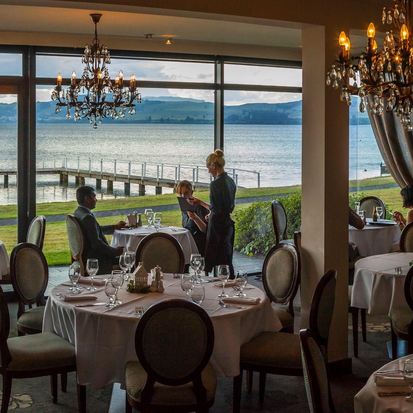 edgewater restaurant, millennium hotel & resort manuels - Taupo