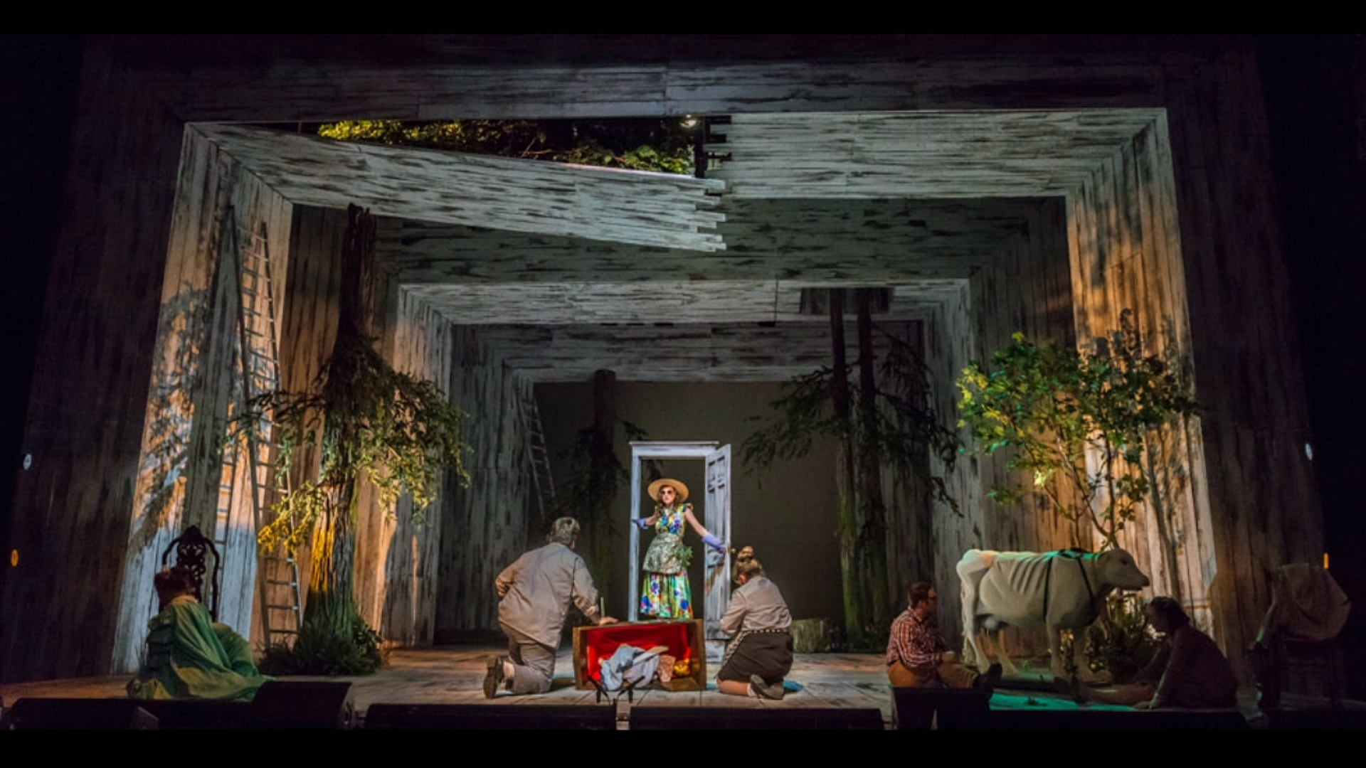 Into The Woods - lighting & projections