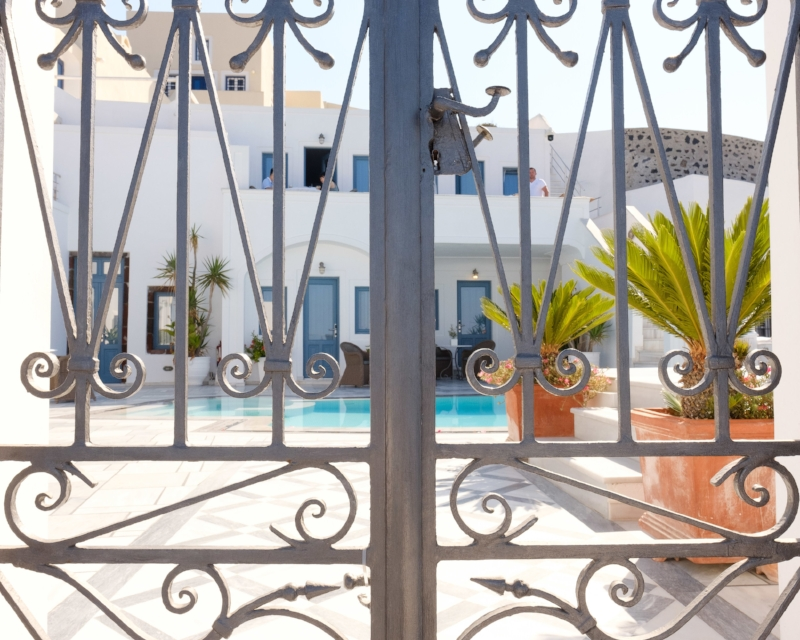 Sneaky glimpse into one of the many hotels in Fira that overlook the caldera.