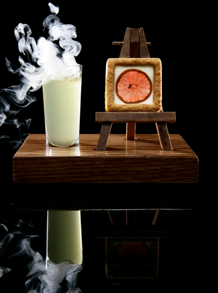 Edible Photograph / Lychee Mangosteen & Rose with Mist