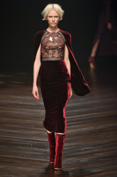 Image courtesy of Décor Aid ~  On the Runway from the   Mario Schwab