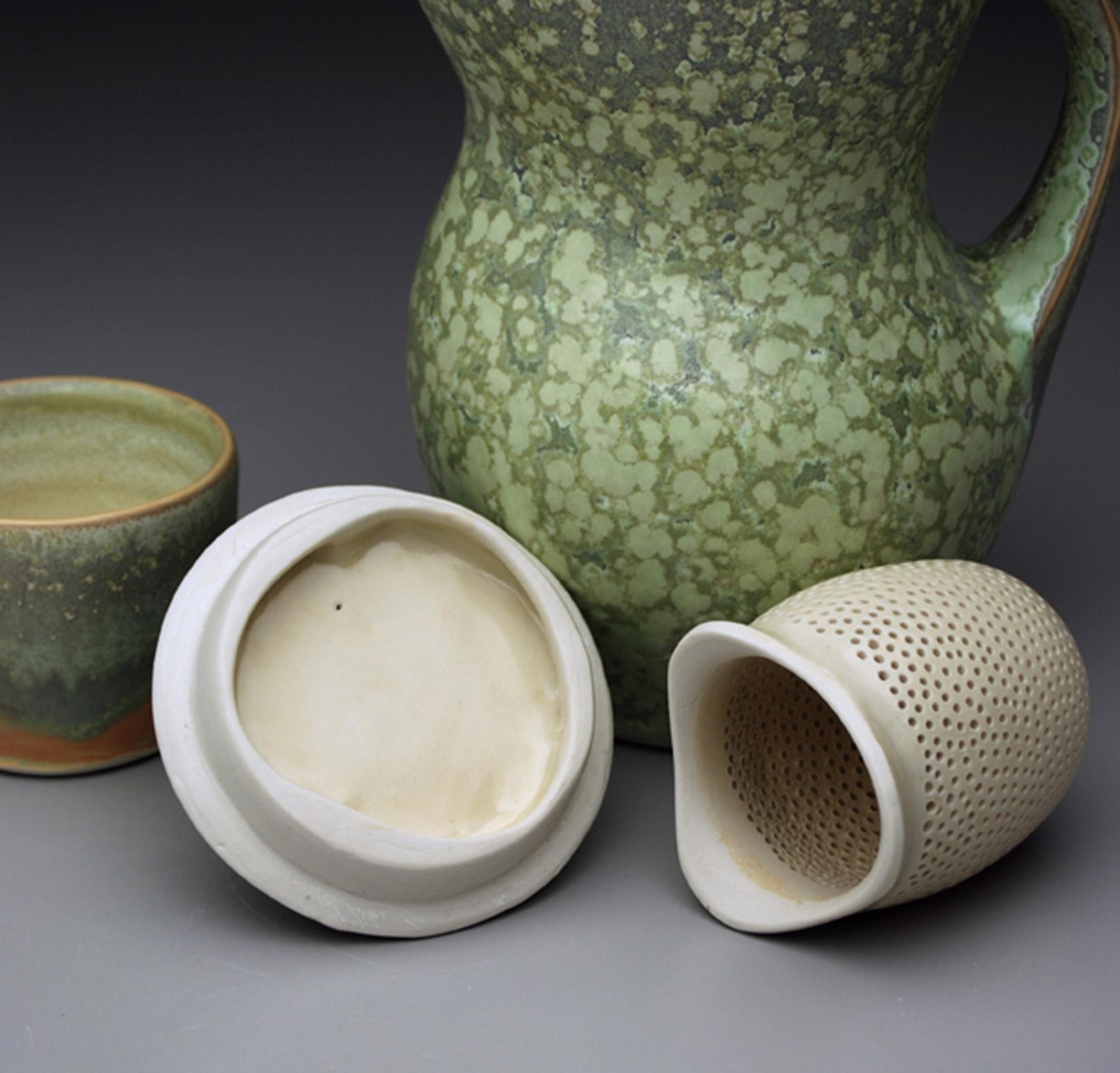 iced tea pitcher detail.jpg