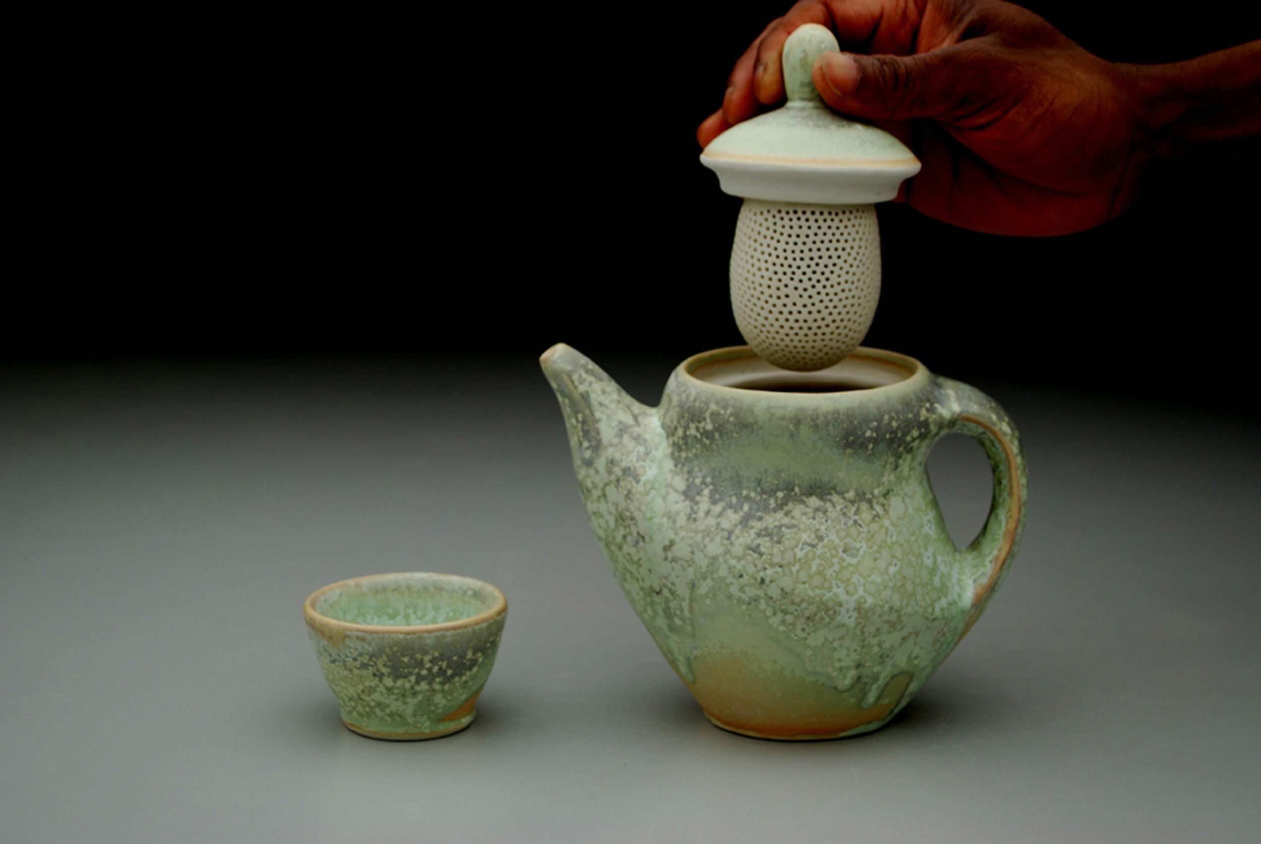 teapot infuser in use.jpg