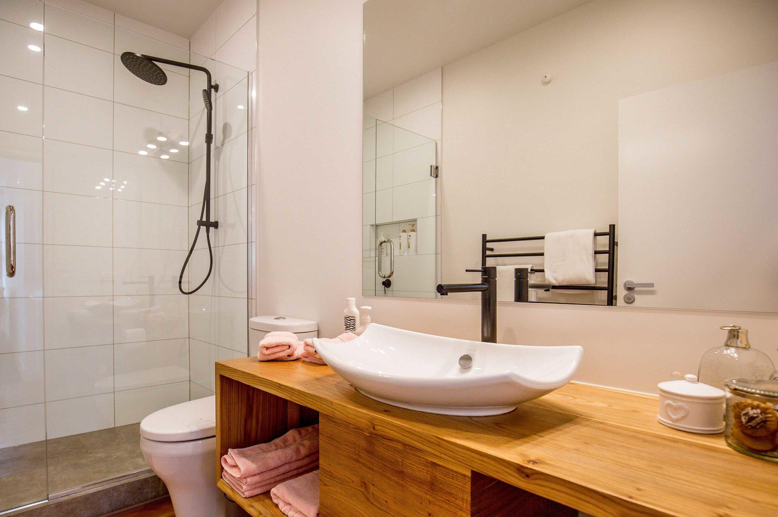 luxury-apartment-(21).jpg