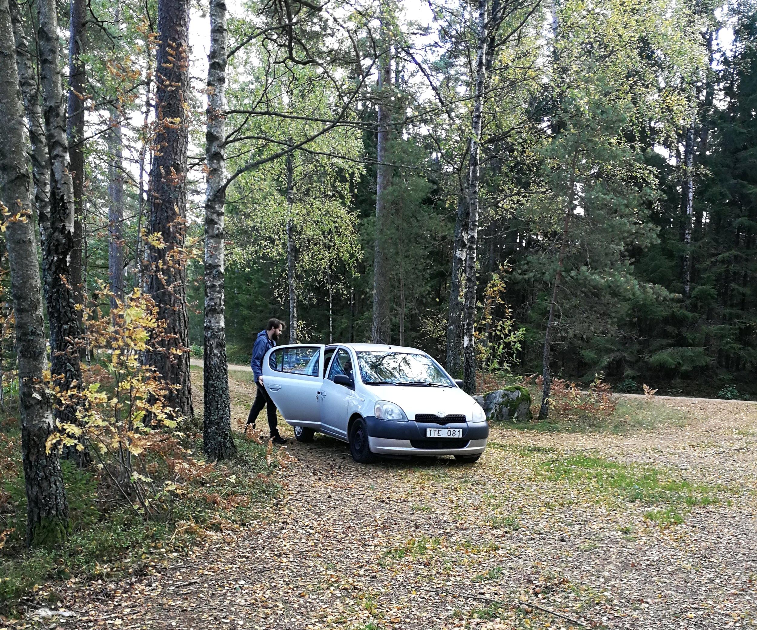 En Av höstens många Road-trips i våra kära Toyota; Harry. Foto: Vara Med Naturen