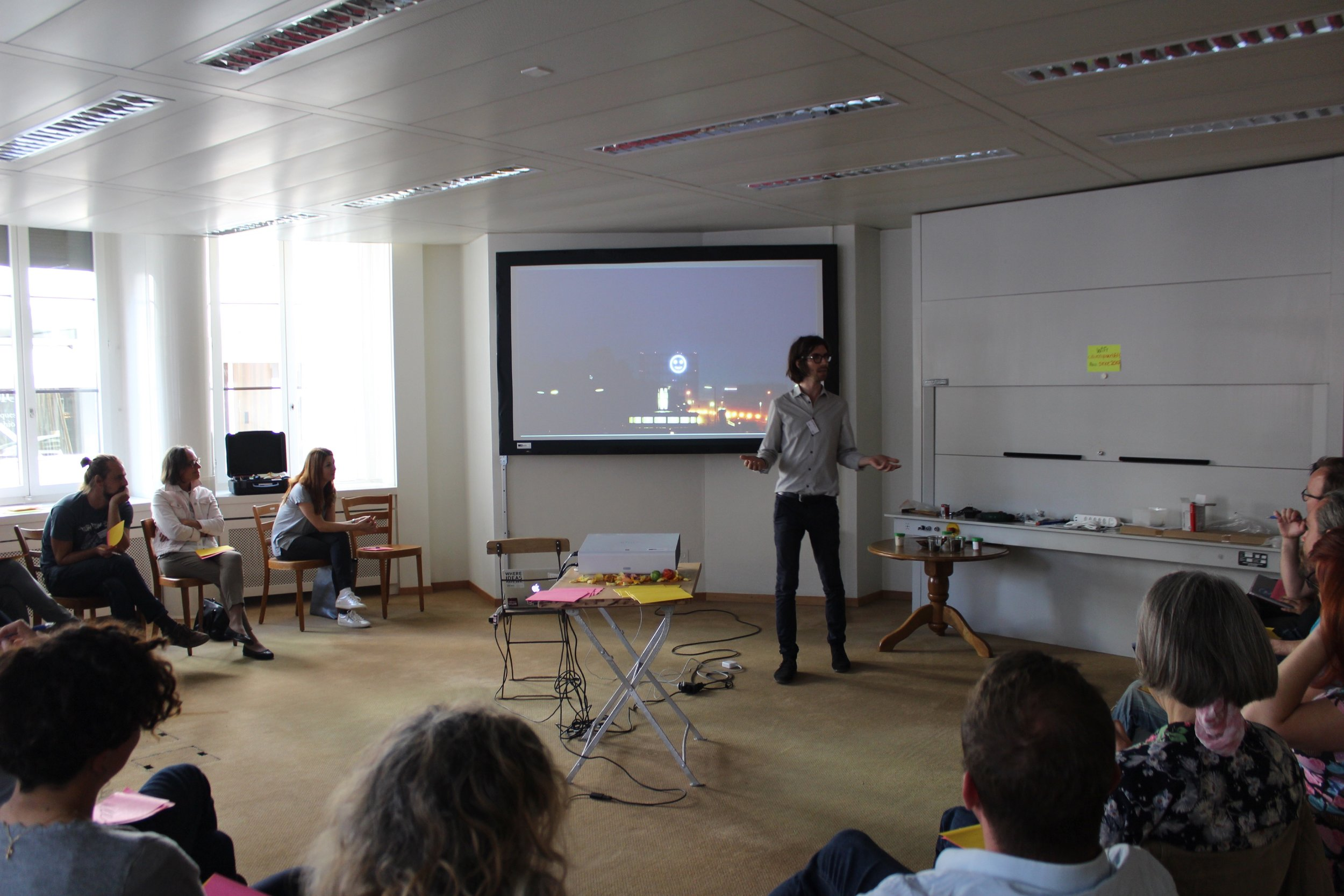 3_Presentations-small.jpg