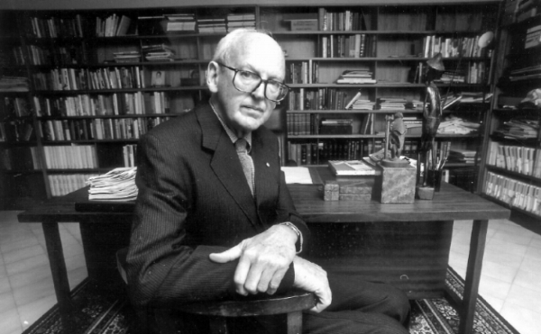 The Rt Hon Sir Harry Talbot Gibbs AC, GCMG, KBE, QC - President of the Samuel Griffith Society (1992-2002)