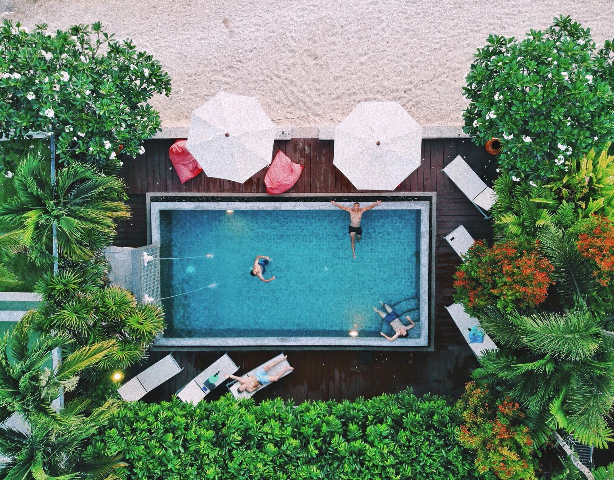 Lemongrass-Villa-aerial-beach-pool-web.jpg