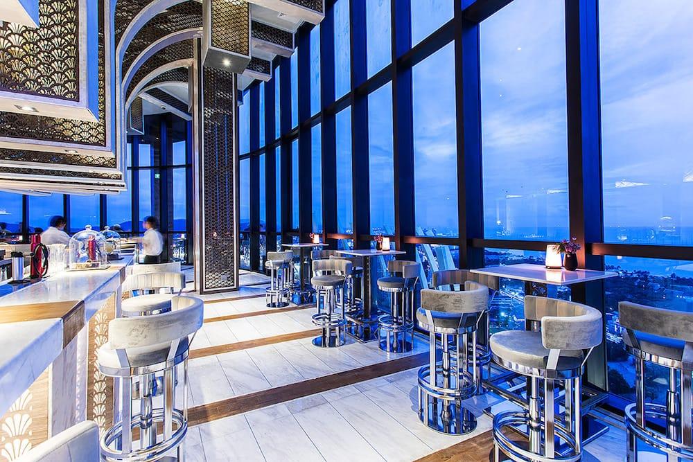 Vana Nava Sky Bar & Restaurant
