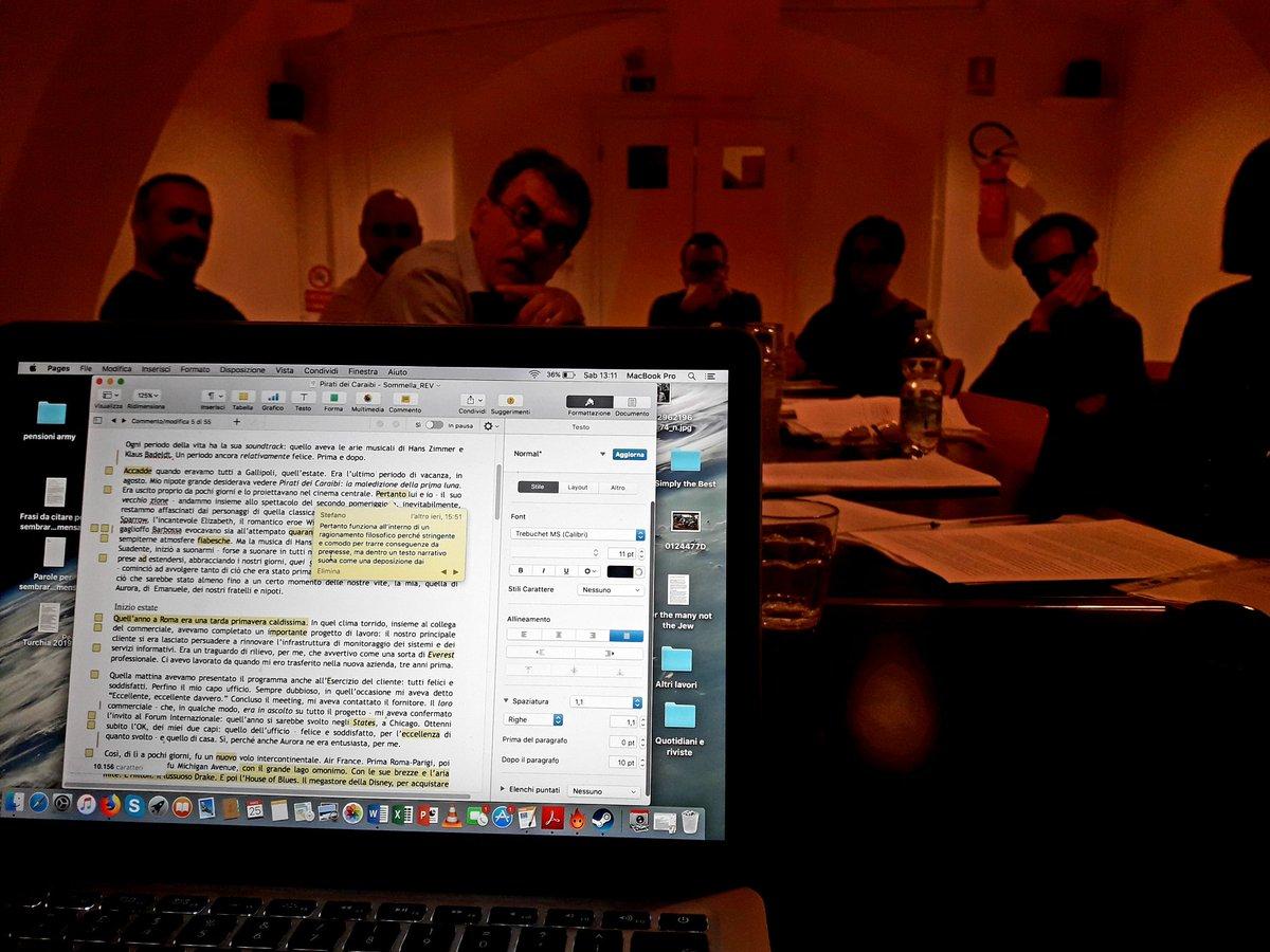Gli allievi mentre fanno editing