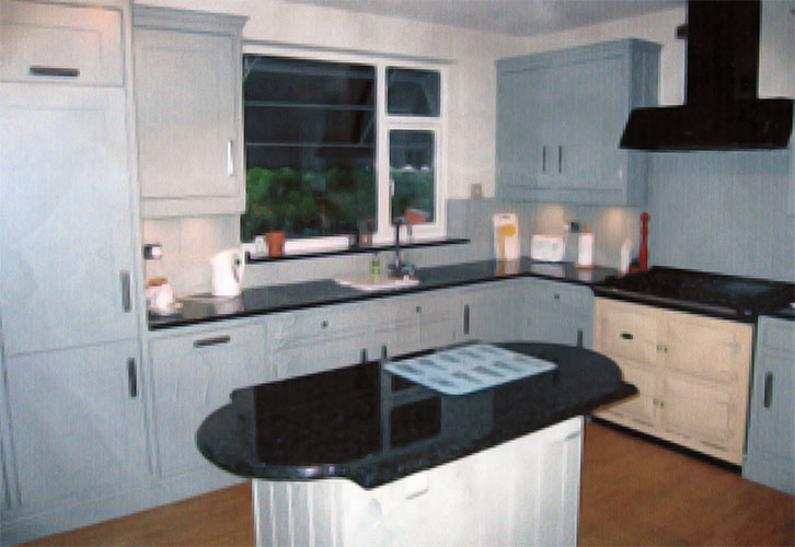 033 - Kitchen.jpg