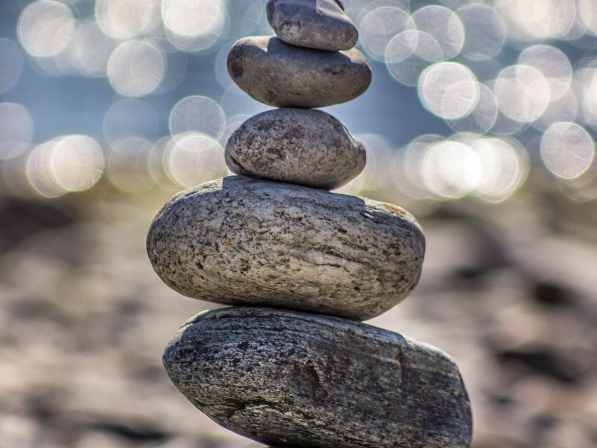 """Balance Short Paragraphsand Bulleted Lists - • When employers encounter more than 6 bullet points in a row, they simply skip all of them. There are many ways to break up those long lists and avoid """"death by bullet points."""" Text paragraphs should be kept to a maximum of five lines, and three or four lines is even better."""