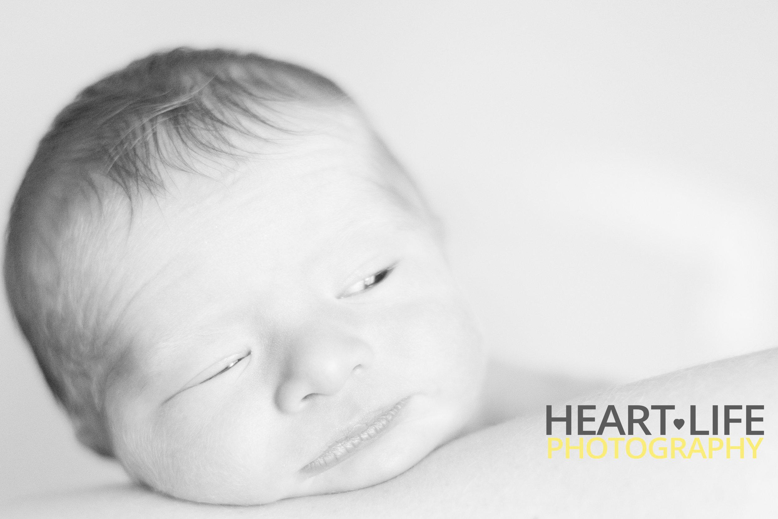 NewbornBennett-21.jpg