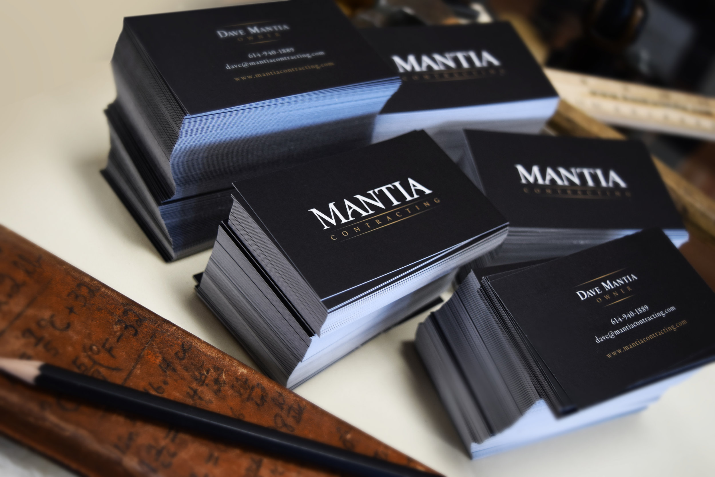 business-card-clean-branding-black-gold-design-mantia-contracting.jpg