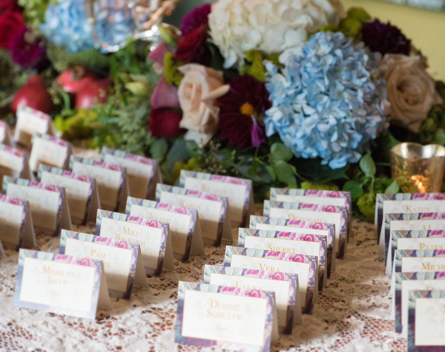 event-design-place cards-flowers-shabby-chic.jpg