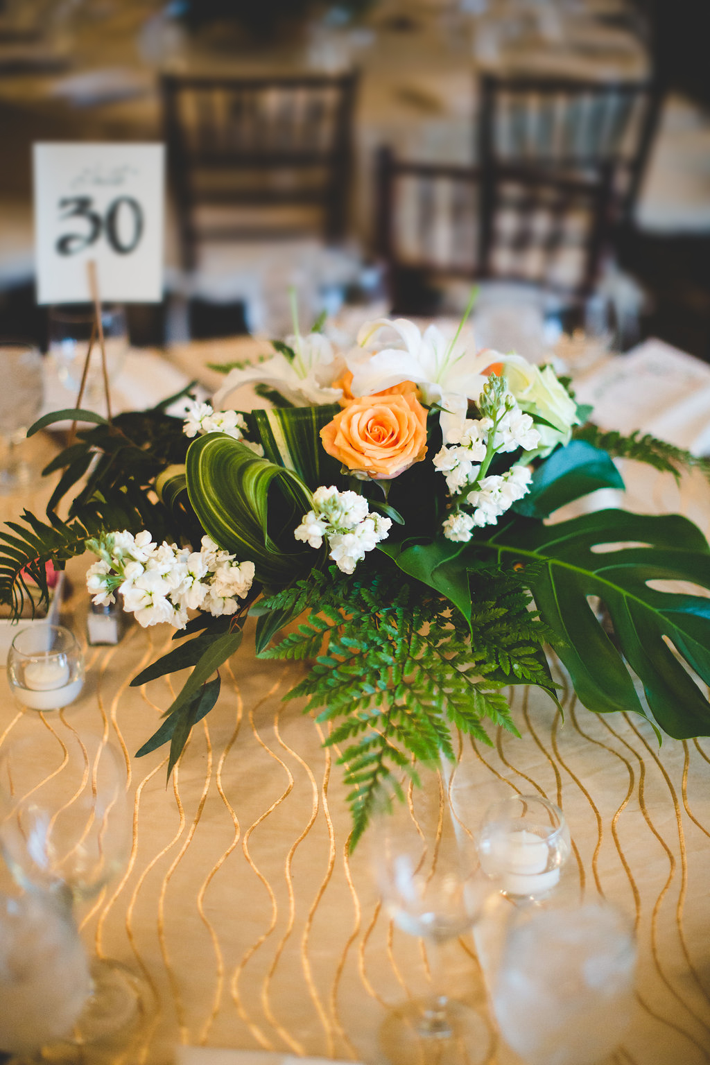 tablescape-tropical.jpg