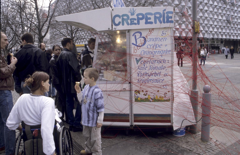 Dresden, Creperie in der Prager Straße, 2000