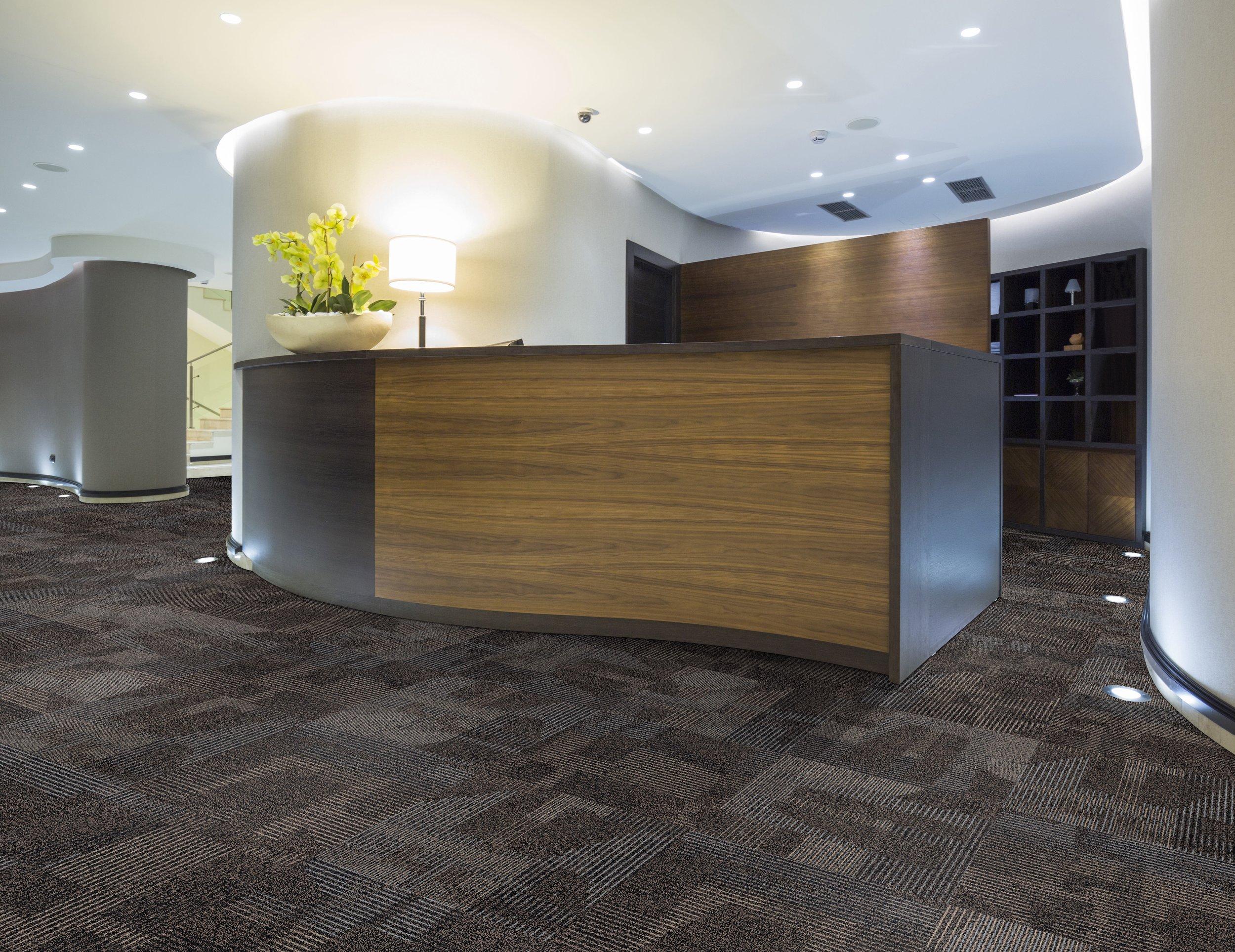 WHISKEY — 50136 Quarter Turn installation