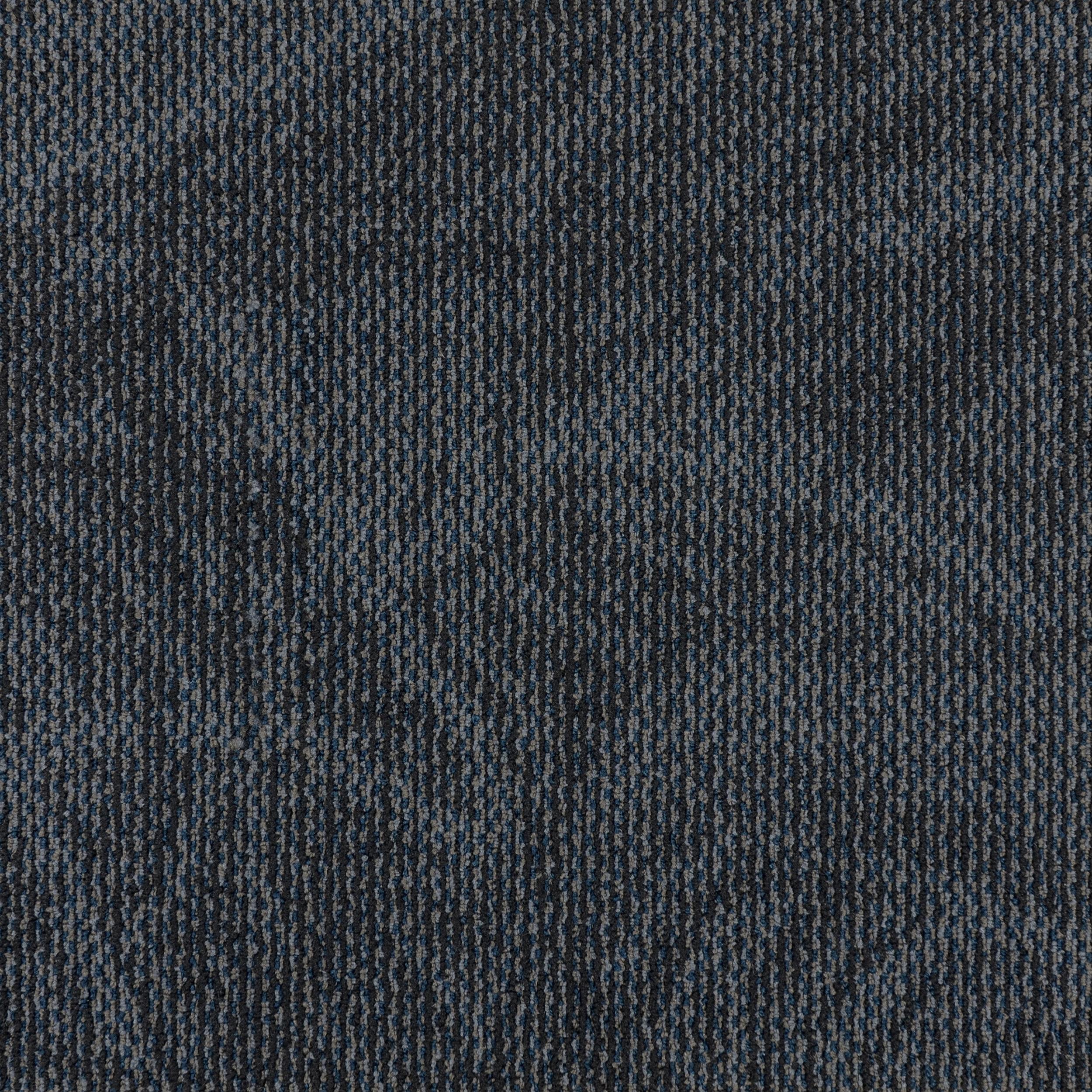LAHAINA — 60021