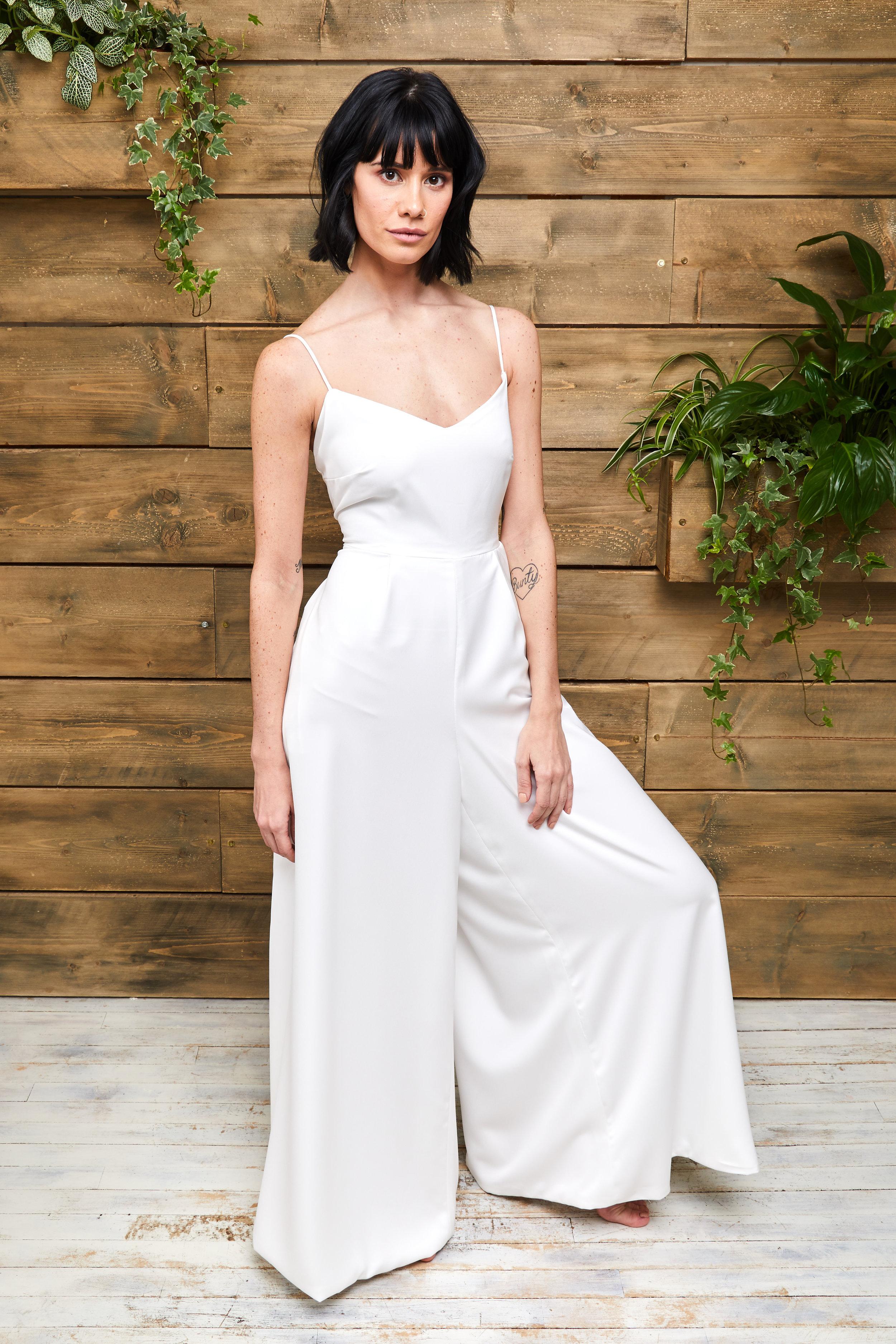 Rachel Burgess Bridal Boutique - Jamie.by E&W Couture - Photo by Tim Bishop jpg.jpg