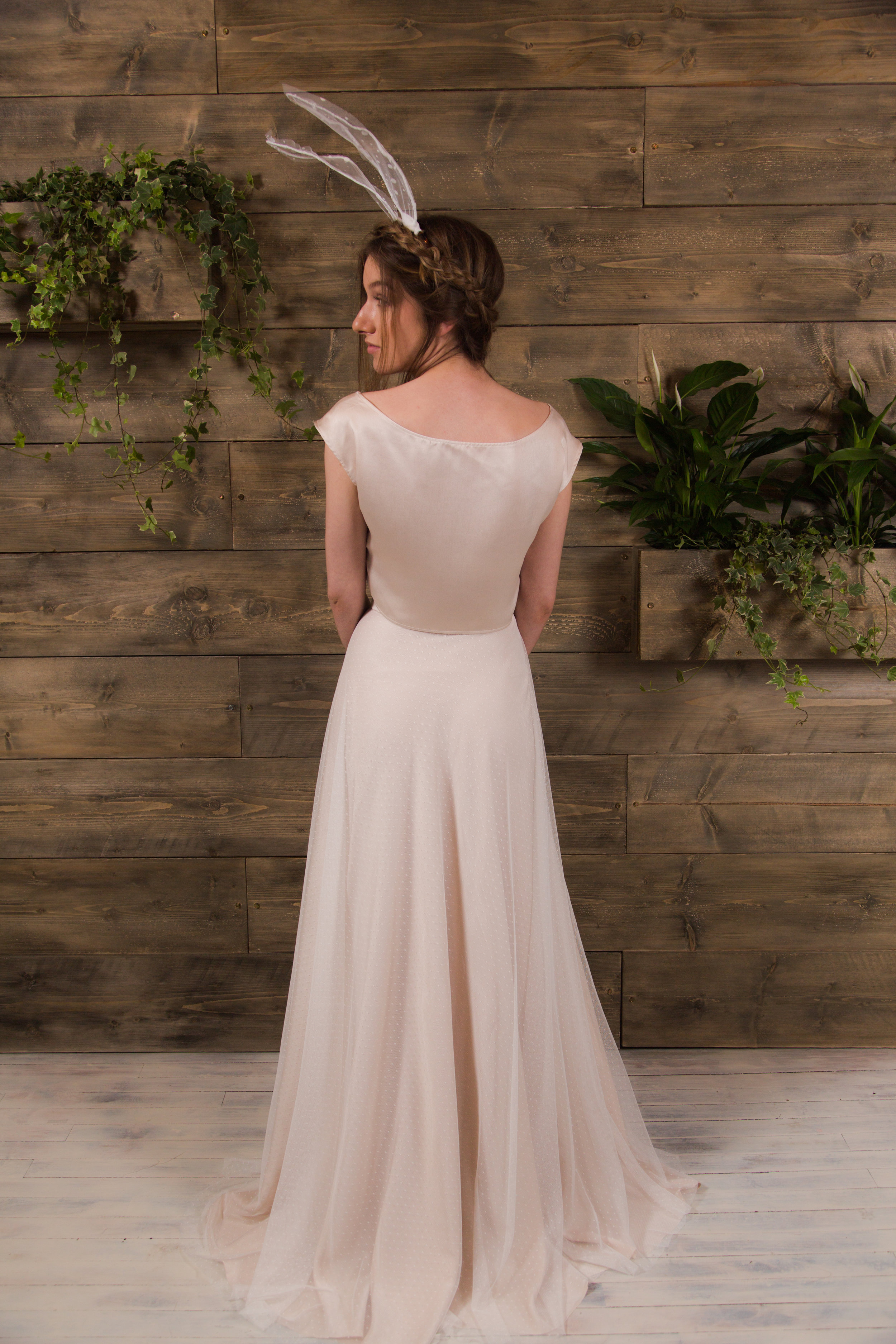Rachel Burgess Bridal Boutique- 'Frankie' (back) from the E&W Couture Spotlight Collection. Photo By Jon Turtle Photographer.jpg