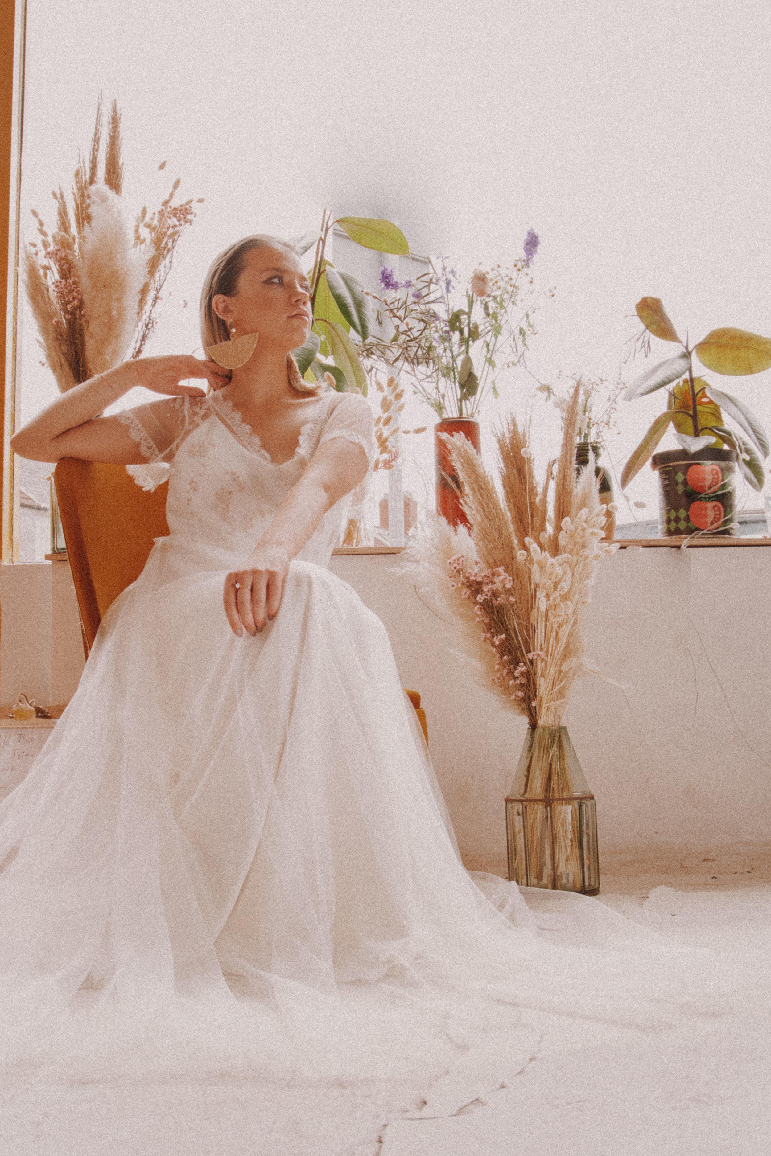 Rachel Burgess Bridal Boutique - Lovebird. Photo by Mefus Photography.#2.jpg