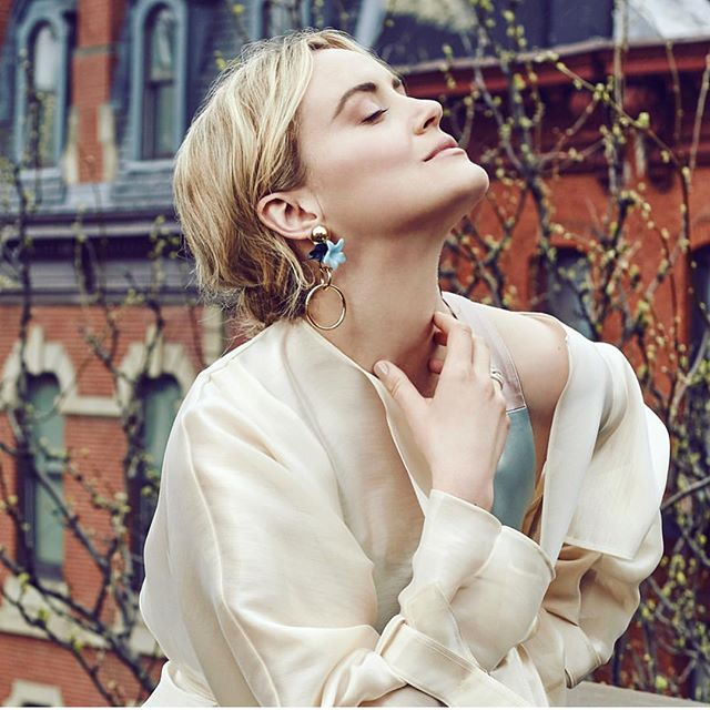Taylor Schilling Glass Magazine. Hair by me.... Makeup by @tina_turnbow #taylorschilling #anthonycampbellhair #campbellandcampbellsalon #oitnb