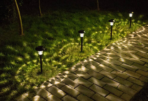 The Best Solar Pathway Lights