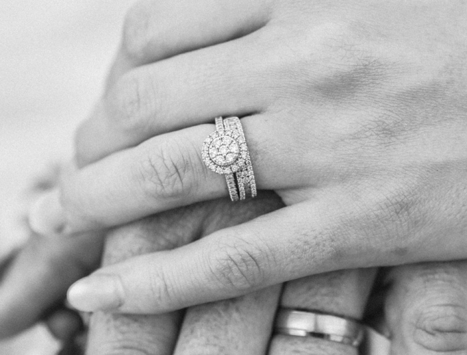 photo-1503350659573-076be1027134_unsplash_wedding_rings.jpg