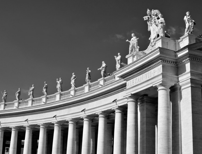 photo-1553419231-a42f77b2fb96_vatican_unsplash.jpg