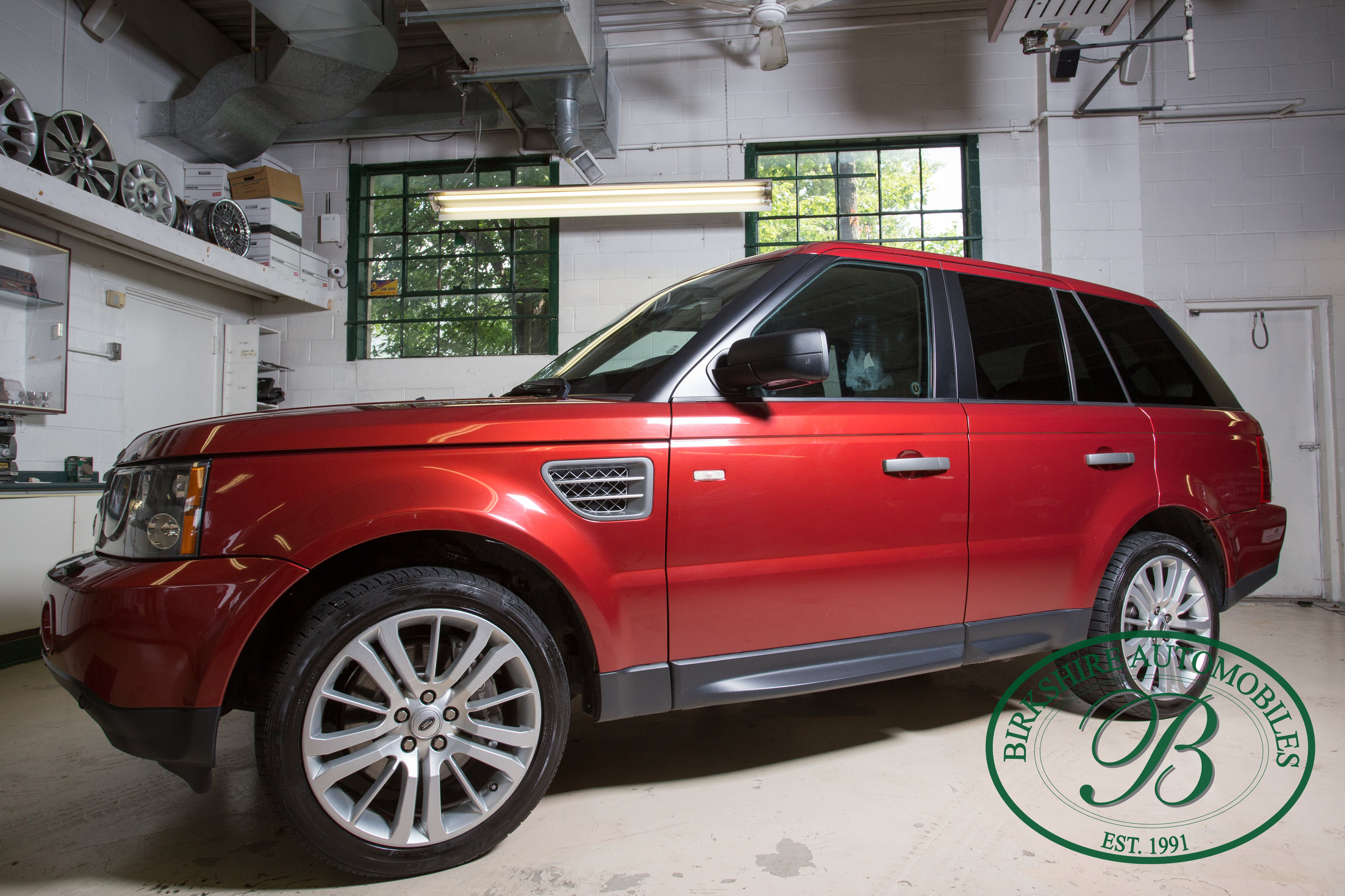 2009 Range Rover Sport Supercharged - SOLD - Offered for sale by Birkshire Automobiles, this stunning performance SUV is rated at 400 horsepower, delivery acceleration and performance completely in keeping with the expectations for a world-class high-performance sedan.