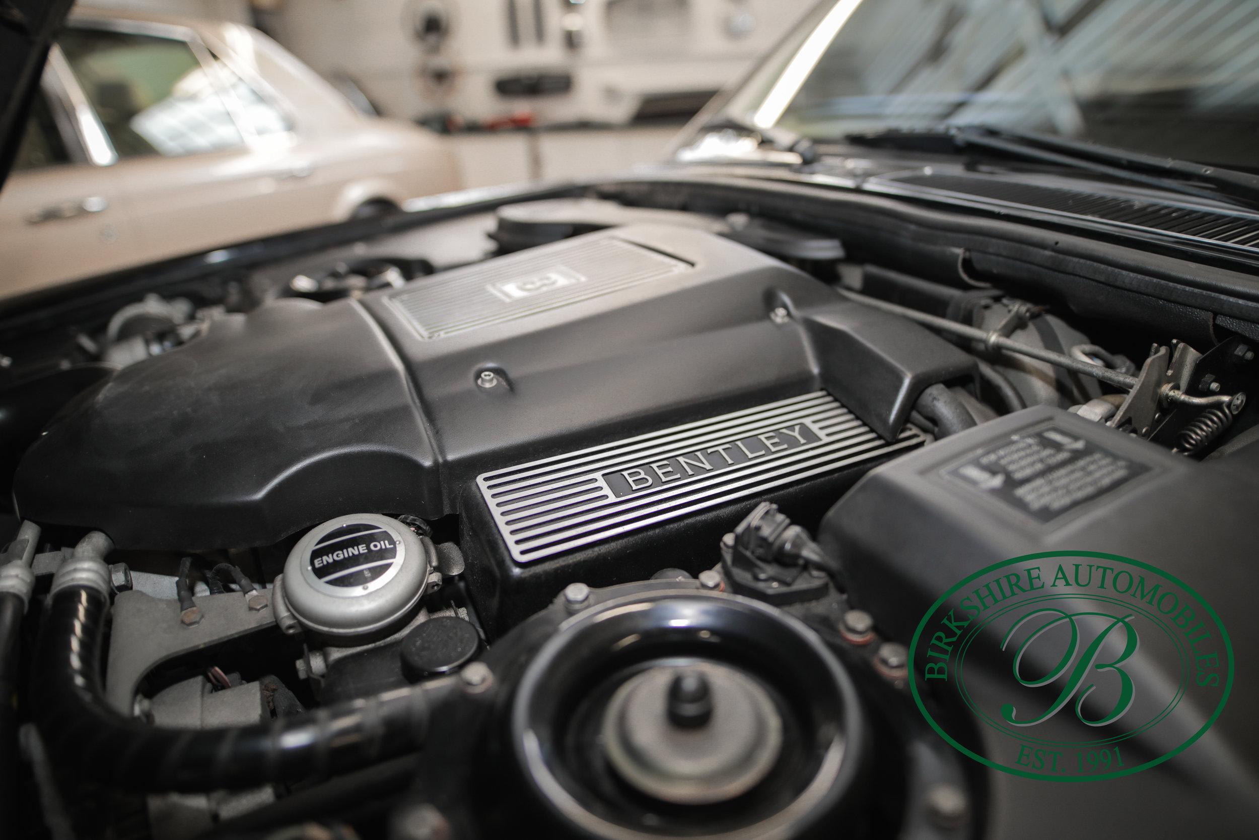 Birkshire 1997 Bentley Brooklands Turbo-1 web (29).jpg