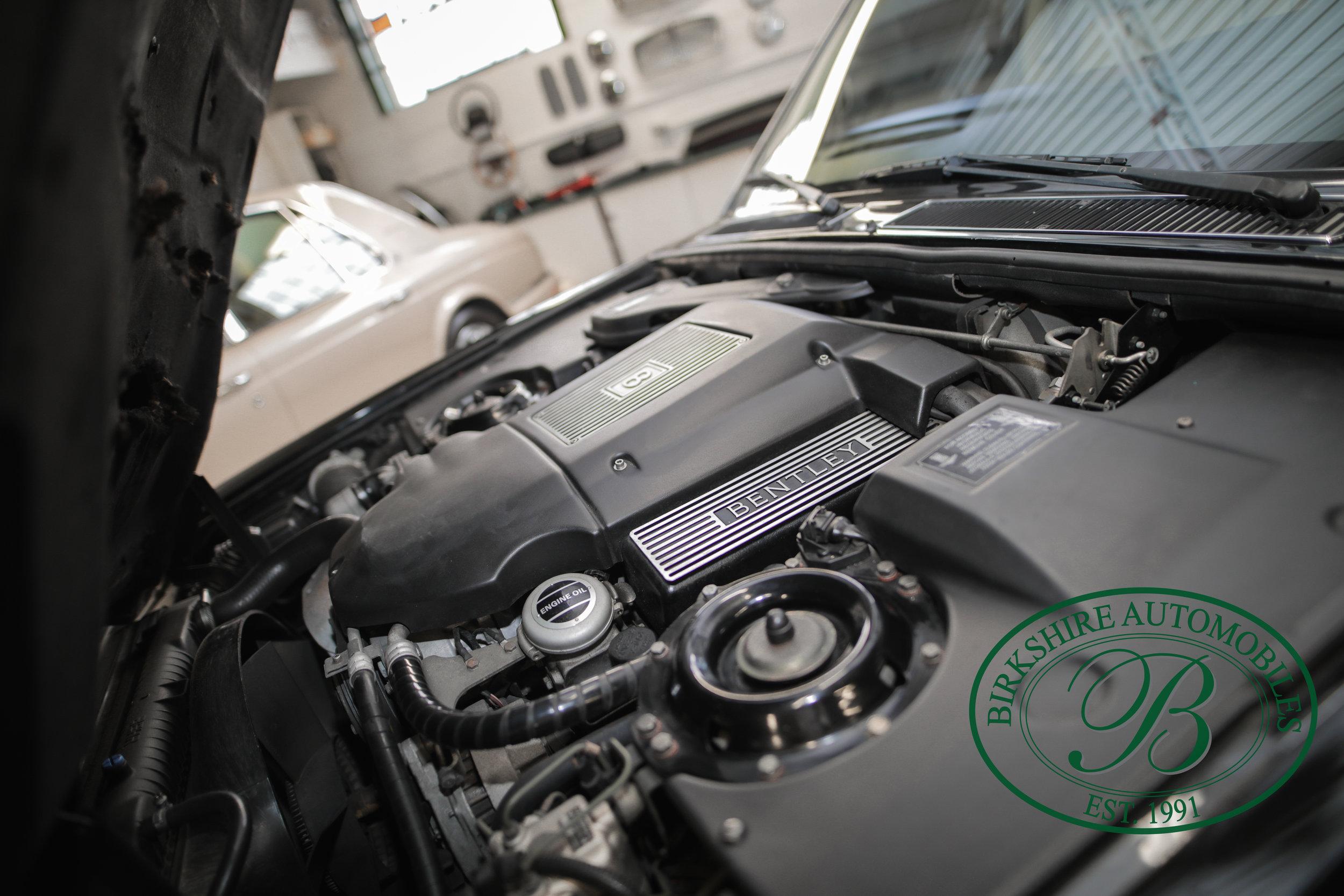 Birkshire 1997 Bentley Brooklands Turbo-1 web (30).jpg