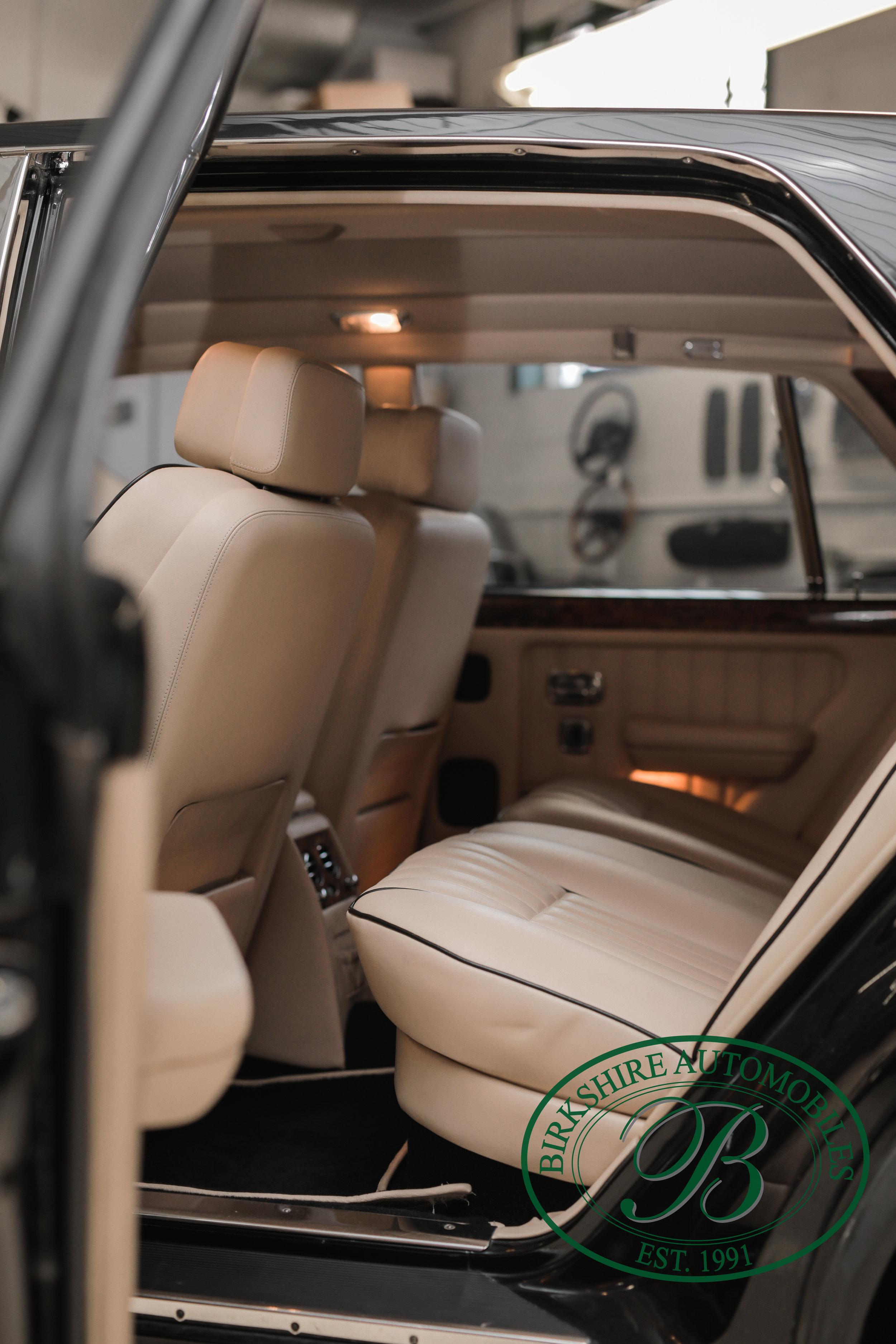 Birkshire 1997 Bentley Brooklands Turbo-1 web (10).jpg