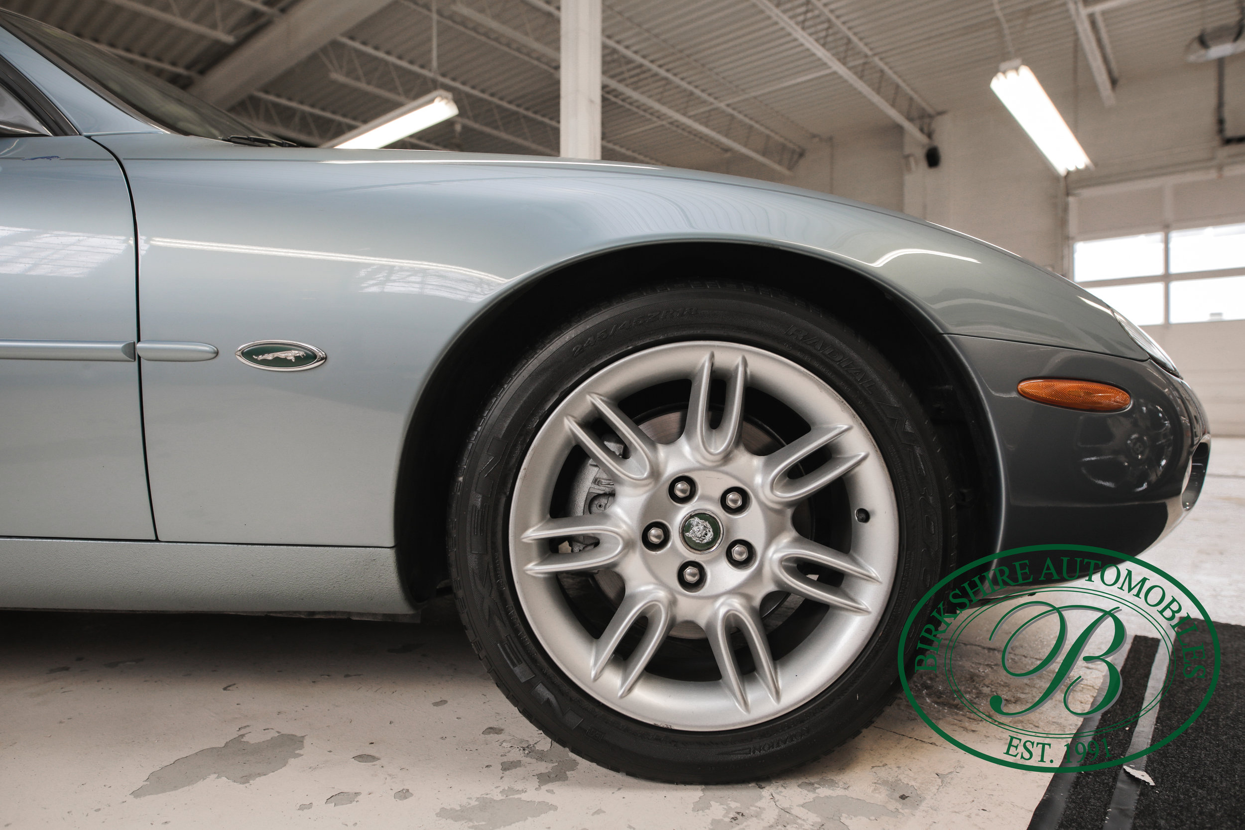 Birkshire 2002 Jaguar XK Convertible-6.jpg