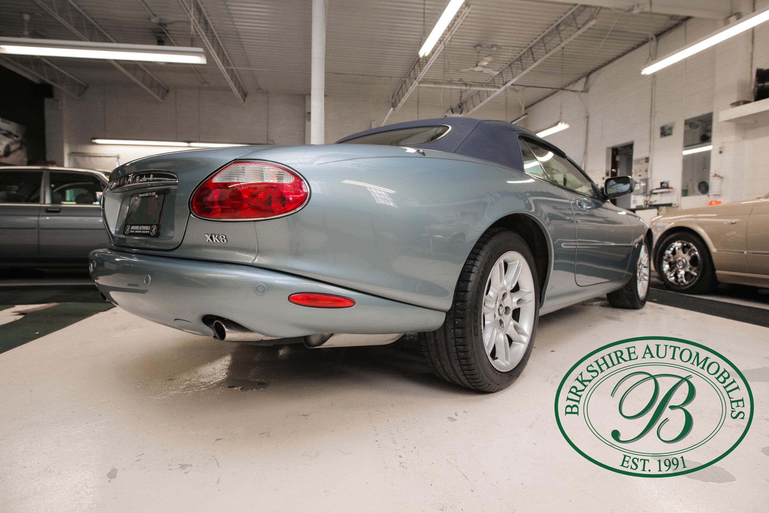 Birkshire 2002 Jaguar XK Convertible-8.jpg